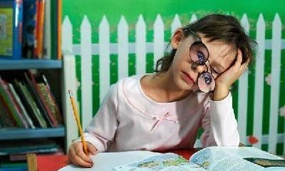 ервая половина сентября считается периодом адаптации школьников к нагрузкам.