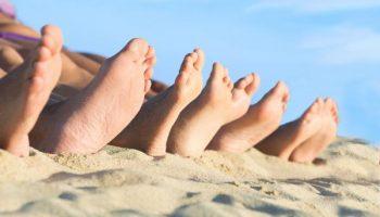 Как избавиться от ороговевшей кожи на проблемных участках тела