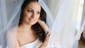 Что не стоит надевать на свадьбу женщине после 40 лет. 5 худших вариантов