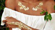 Как красиво подчеркнуть загар с помощью одежды и макияжа