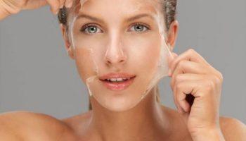 Как правильно отшелушивать кожу, чтобы не пересушить ее
