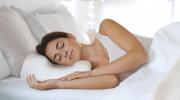 Как правильно ложиться спать, чтобы на утро не было отеков и уставшего вида