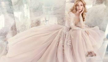 5 фасонов платьев которые безвозвратно устарели. Чем заменить