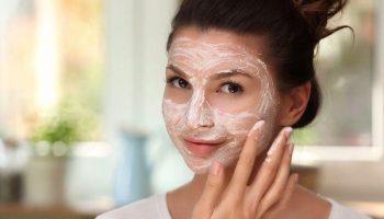 5 причин почему скрабы для лица больше не актуальны в уходе за кожей