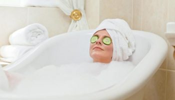 5 полезных добавок для ванны тем, кто заботится о красоте своей кожи