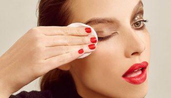 Какие средства эффективно справятся с водостойким макияжем без вреда для кожи?