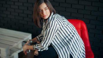 5 вещей, которые обязательно должны быть в гардеробе невысокой девушки