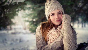 Модное утепление: 5 оригинальных способов носить свитер этой зимой