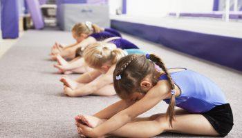 Когда отдавать девочку в художественную гимнастику?